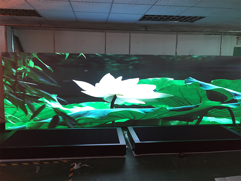 all weather resistant bill board display P8 LED building screen