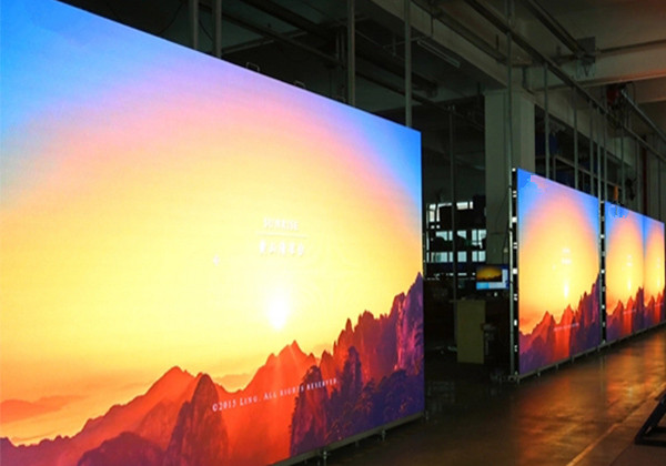 High Resolution led screen P3.91 full color indoor led advertising display